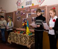 Школярі розповідають вірші