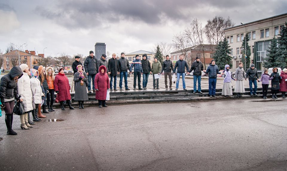 Красилів продовжує молитись за Україну