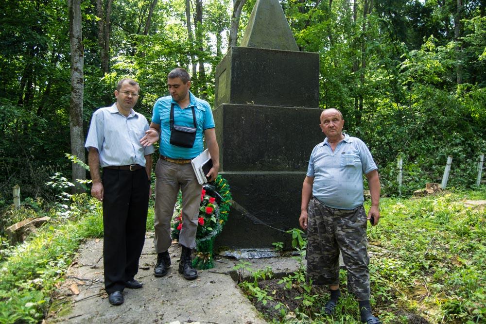 Комиссия по инвентаризации объектов культурного наследия осмотрела памятники в Маневцах и Росоловцах