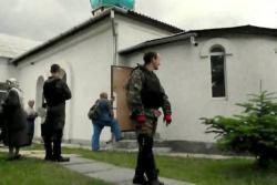 Главный раввин Украины осудил захват церкви в Крыму