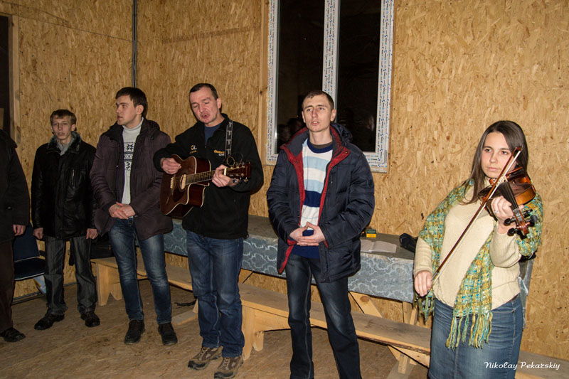В Красилове верующие провели вечернюю молитву за Украину